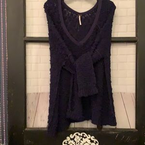 Free People Sweater Navy Small but fits Med